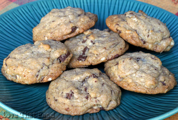 Chocolate Chunk Oatmeal Cookie Recipe with Picture - LoveThatFood.com