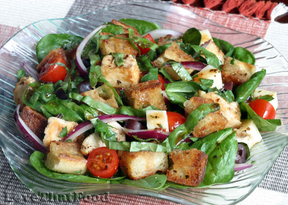 Italian Bread And Spinach Salad Recipe With Picture Lovethatfood Com